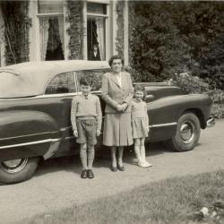 Margaret Armstrong met zoon Peter en nichtje Dinah in Eeklo, 1950
