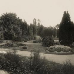 De tuin van Villa Pinehurst, Eeklo, jaren 1920