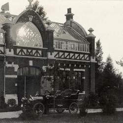 Koetshuis van Villa Pinehurst, Eeklo, omstreeks 1910