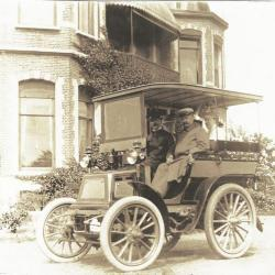 Een auto voor Villa Oaklands, 1902