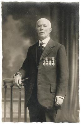 Alfons Verhas, meestergast op de strijkafdeling bij Enke, Eeklo