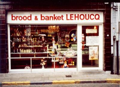 Brood en banket Lehoucq in de Kerkstraat
