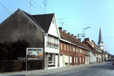 Dorpszicht Schoolstraat Waarschoot, jaren 1960