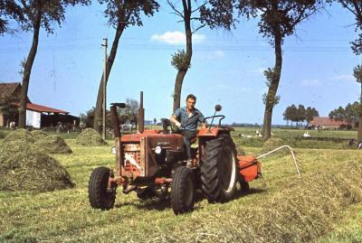 Tractor, Zomergem, jaren 1960