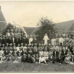 Schafftijd bij de graanopper, 1955, Bassevelde