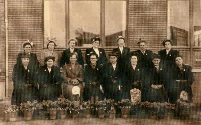 Sleidingse moeders van 10 kinderen of meer, 1952