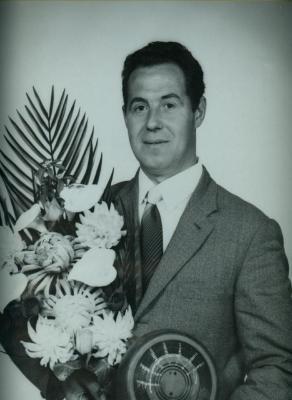 Koning krulbol, Julien Bauwens