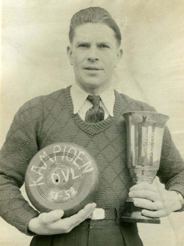 Kampioen krulbol O.Vl., Georges De Mey, 1951-1952