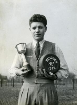 Kampioen krulbol Oost-Vlaanderen, Van Vooren Odiel, 1952