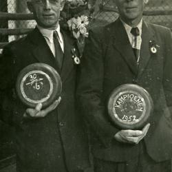 Kampioenen krulbol, Victor Bral en Louis Scheir