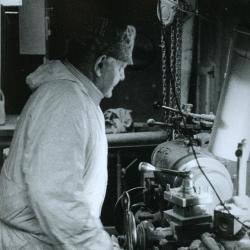 Bollendraaier Marcel De Roo, Oosteeklo