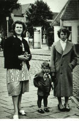 Jacqueline Van Kerckhove