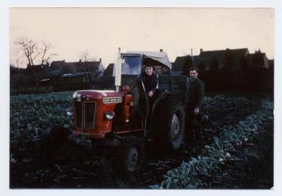 Eerste tractor op hoeve Vercauter