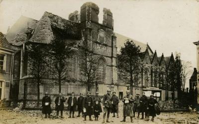 Bevrijders bij Sint-Corneliuskerk, Aalter, 1918