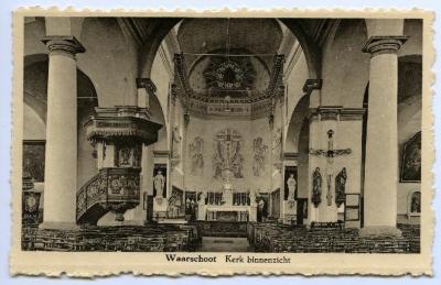 Postkaart binnenzicht kerk, Waarschoot