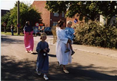 Engelen in de processie van Rieme, 2003 (I)