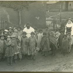 Inhuldigingsstoet voor pastoor Bouuaert, 1928 (X)