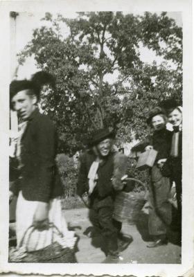 Stoet Oostmoerkermis 1945